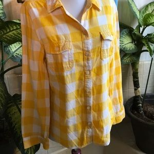Old Navy yellow and white plaid flannel shirt